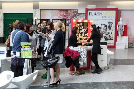 FlashMob Fashion - The bwd pop-up salon and display in use