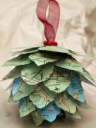 hand-made-christmas-ornaments-vxmj0xac