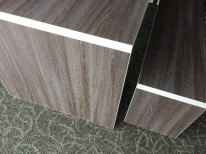 WORKSTATION WITH COLOURED EDGE DETAIL